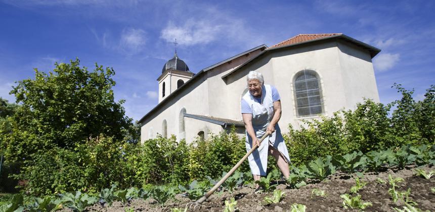 Des initiatives pour améliorer la retraite des agricultrices.
